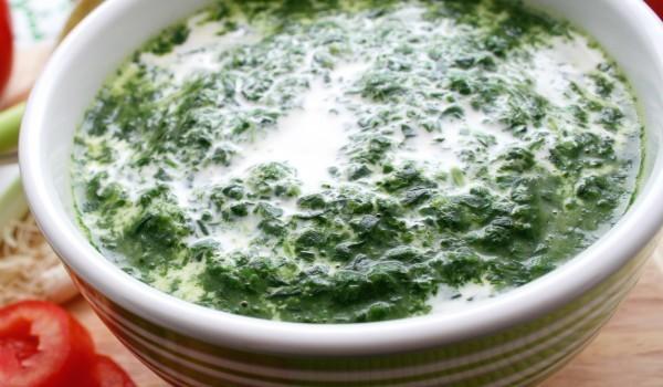 Лесна Спаначена супа
