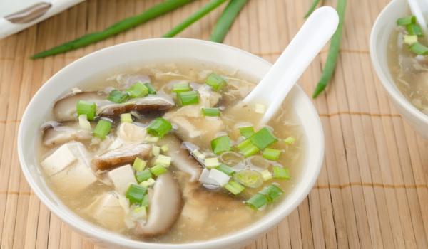 Гъбена супа с тофу