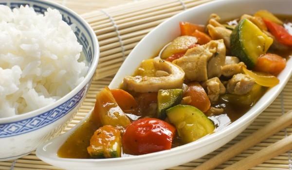 Пилешки късчета по китайски