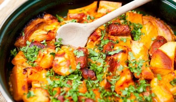 Запеканка с картофи и колбас