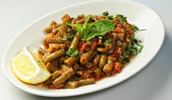 Зелен фасул с доматен сос